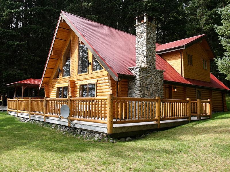 QCL luxury fishing lodge accommodation Charlotte House