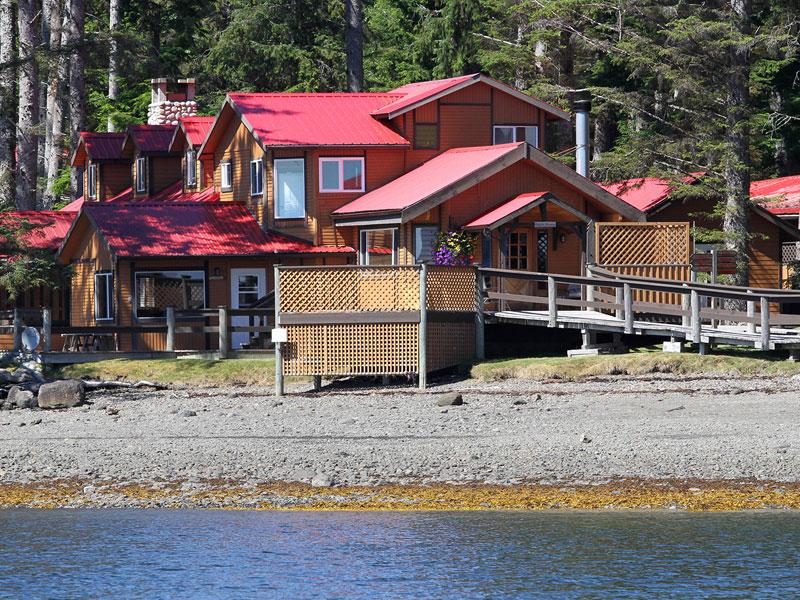 QCL luxury fishing lodge accommodation Haida House